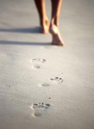 footprints_sand[1].jpg